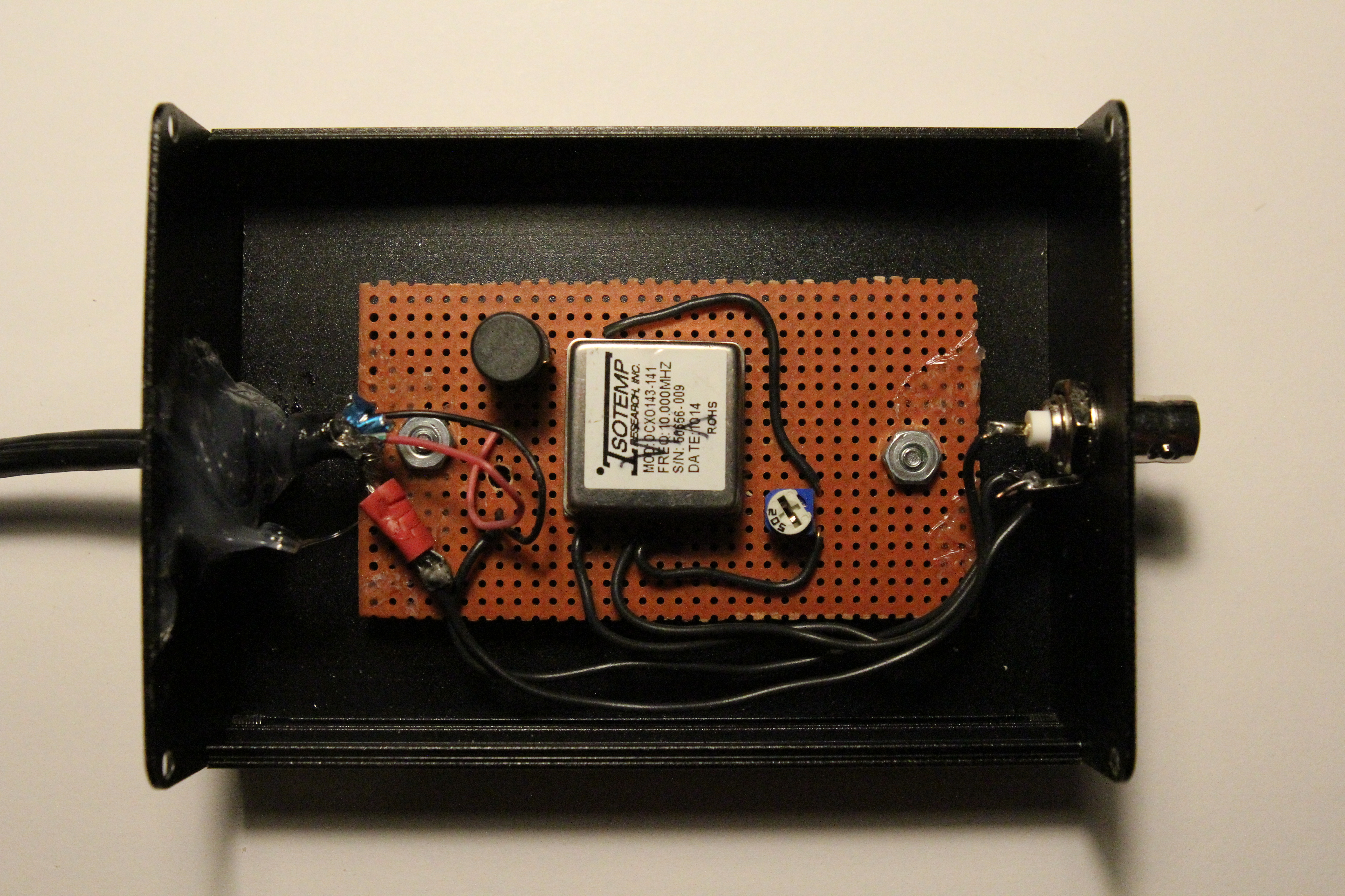 Simple 10 MHz Frequency Standard on