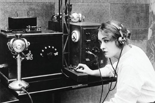 radio_operator.jpg